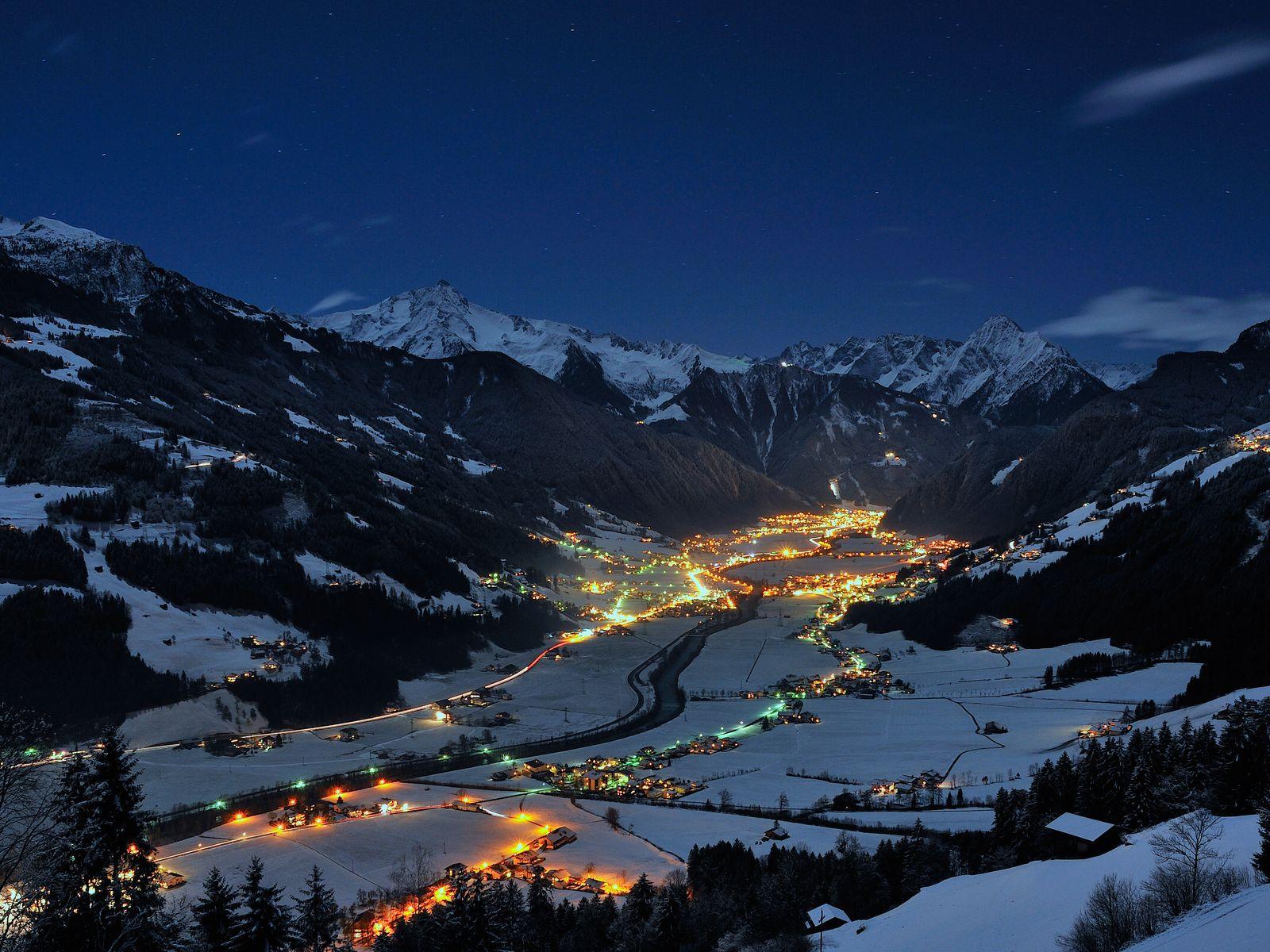 Winterabend im Zillertal